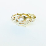 RH01 - Rhein Maidens - 9ct Yellow Gold with Freshwater Pearl